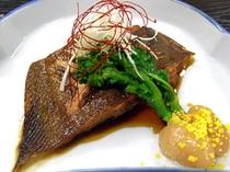 夕食一例(煮魚)