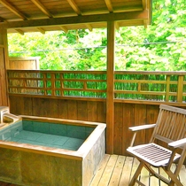 *【露天風呂付き和室】開放的な露天風呂…贅沢な空間で過ごす休日(一例)