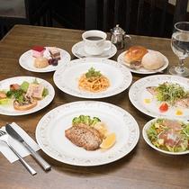 *【夕食1】一例・オーナーの出身地北海道直送の食材×伊豆の食材・美味しいものにこだわった美食のコラボ