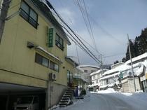 冬の西村屋