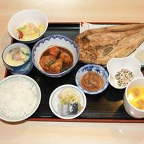 *【夕食例】手作りであたたかみのあるお食事をお出し致します。