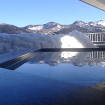 澄んだ景色彡露天と雪と山