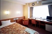 ラージシングルルーム エキストラツインはこのお部屋を使用いたします