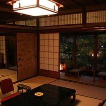 庭園客室「菊の間」夜の景色