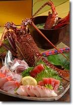 伊勢海老付地魚刺身盛と伊勢海老の味噌汁