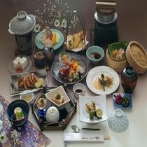 旬の食材を使った会席料理【お部屋食イメージ】