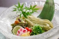 桑の葉つるりん麺