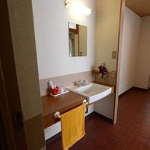 【和室6畳・洗面台】リーズナブルに泊まれるお部屋です。