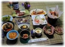 あわびコース☆生ウニ・アワビ水貝と奥尻浜料理のコースです。