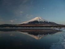 交流プラザきらら付近からの富士山