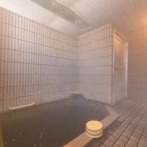 """*小浴場(女湯)/""""薬湯・不老泉""""として親しまれる小浴場は、体の芯からポカポカと暖まる湯として人気!"""