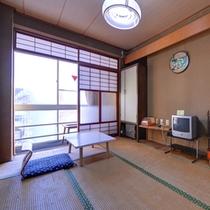 *和室6畳(トイレなし)/一人旅や湯治の旅に◎こじんまりとしたお部屋でのんびりとお寛ぎ下さい。
