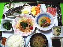 夕食例トビウオの唐揚げ定食