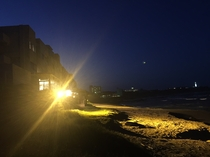 夜は20時まで海辺をライトアップ♪