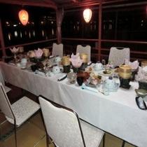 屋形船 テーブル席