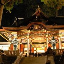 【ぬくもりの「冬」】秩父三大神社のひとつの三峯神社。社殿をライトアップ、冬だけの荘厳な景色をどうぞ!