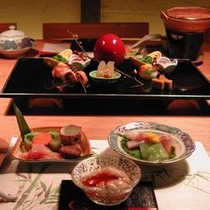 【かぐや離れ料理一例】特別室「かぐや」専用お食事処で贅沢に!