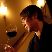 【テイスティング】 *ワインの選定はプロ級!竹取物語の主。