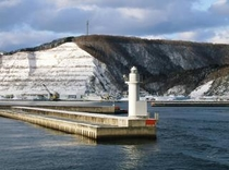 奥尻港 白灯台 冬