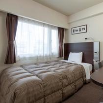 ◆ダブルエコノミー◆ベッド幅140センチ◆広さ13平米◆