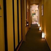 湯楽庵廊下