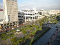 ホテルより 新都心中心方面を望む