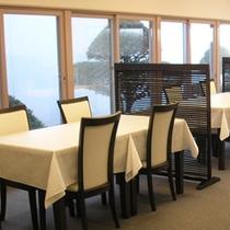 食事処「海猫」からも太平洋の眺望をお楽しみいただけます