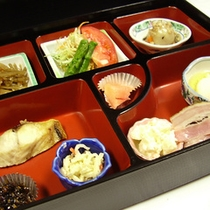 <朝食例>食事処にて和食膳をご用意いたします。
