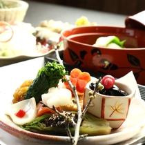 【春 夕食一例】竹田産の色とりどりの季節の素材をとり入れ、真心こもった創作懐石料理♪