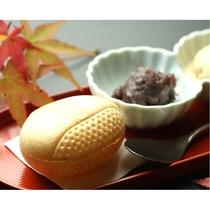 【秋 夕食の一例】秋をとり入れた栗最中・粒あん・マロンアイス♪