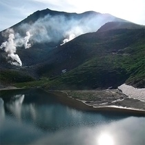 【旭岳(夏)】美しく澄んだ景色を楽しめる早朝がおすすめです!