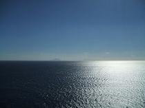 伊豆7島を望む