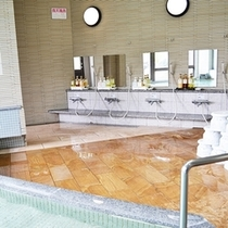 大浴場 4