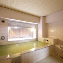 *【お風呂】24時間入浴可能&かけ流し!天然温泉で疲れを癒しましょう。