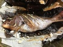 真鯛の塩釜焼き
