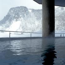 【冬・天華の湯】一面銀色の層雲峡をごゆっくりお楽しみください