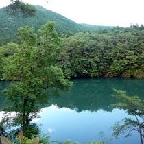 *鬼怒川を望む宿