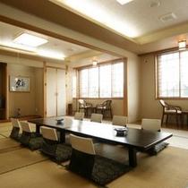 和室24畳通し部屋