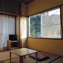 *客室一例(5号室):2階にあるお部屋です