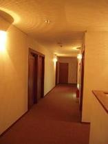 二階廊下1
