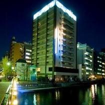 ◆ホテル外観(夜間)