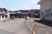 吉岡温泉駐車場