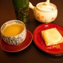 お茶とお菓子(500)