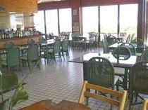 レストラン入口側から