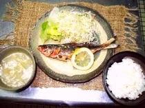 島魚からあげ定食
