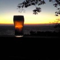 夕陽と生ビール
