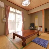 *和室6畳(客室一例)/一人旅やカップルでのご宿泊に◎足を伸ばしてのんびりとおくつろぎ下さい。