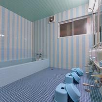 *お風呂/温泉ではございませんが、温かい湯船に浸かり、癒しのひと時をお過ごし下さい。