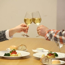 おいしい食事とおいしい時間に乾杯