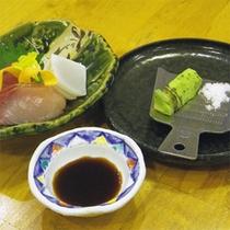 *【夕食一例】安曇野の特産、わさび芋をご自身ですって頂きます!新鮮なわさびの辛さが美味☆